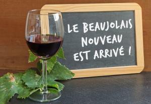Foodie parisienne - beaujolais-nouveau